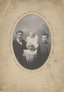 Condy & Rosemary Kennicott-Fagan, Abigail & Chance taken 1898